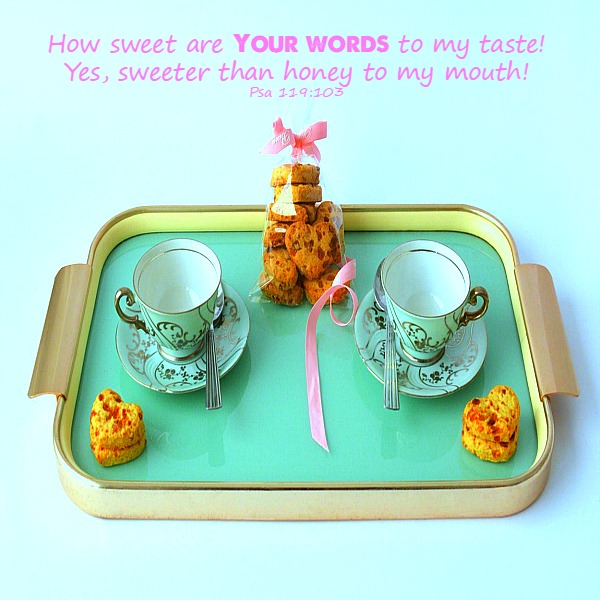 how-sweet-our-your-words-to-my-taste- psalm 119:103-sowandgather.com #sowandgather