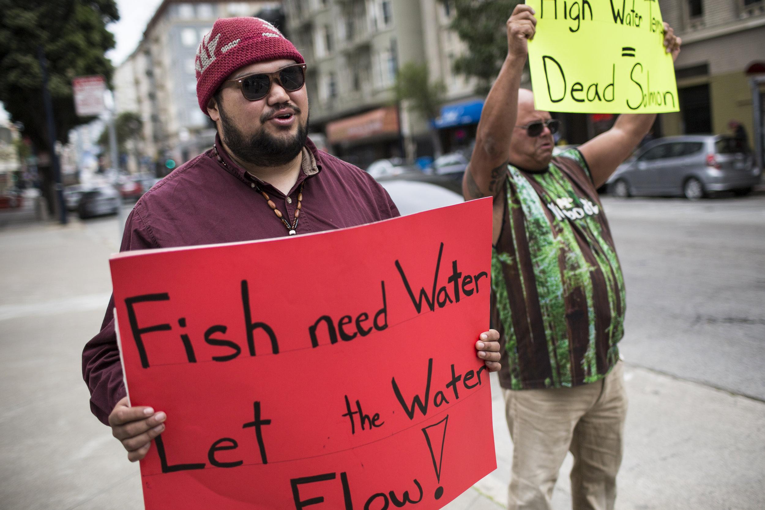 Eldon Kinney and other Yurok Tribe members protest outside the Burton Federal Building in San Francisco on Apr. 10, 2018. Martin do Nascimento / Earthjustice