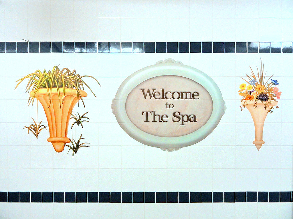 Greet the bather with signage that orients them to their space and the activity.  Creative Art Co©