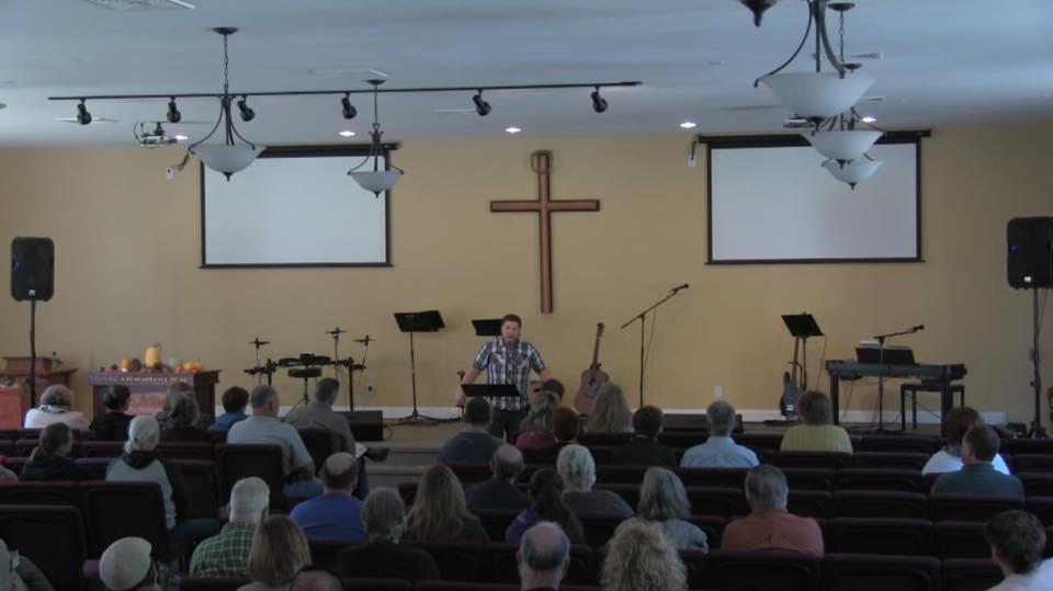 Denver Thompson in church4.jpg