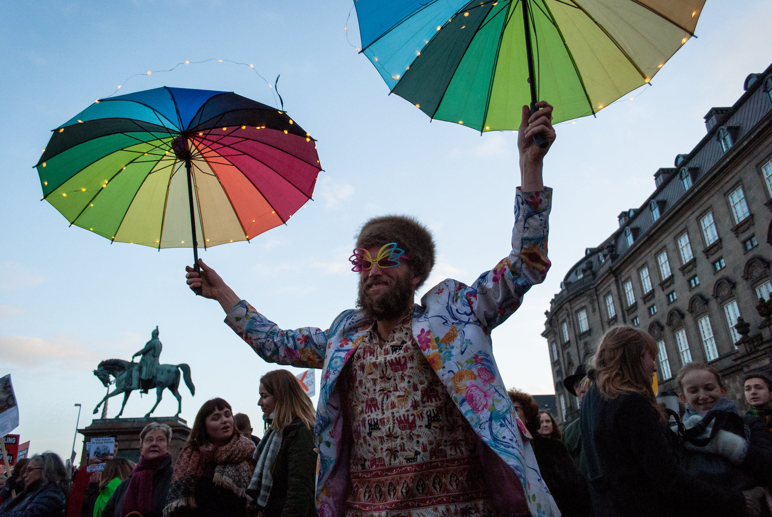 Global climate 2015 (Paris): thousands marched in Copenhagen to call for a strong deal in Paris that will see a swift transition from fossil fuels to renewable energy.