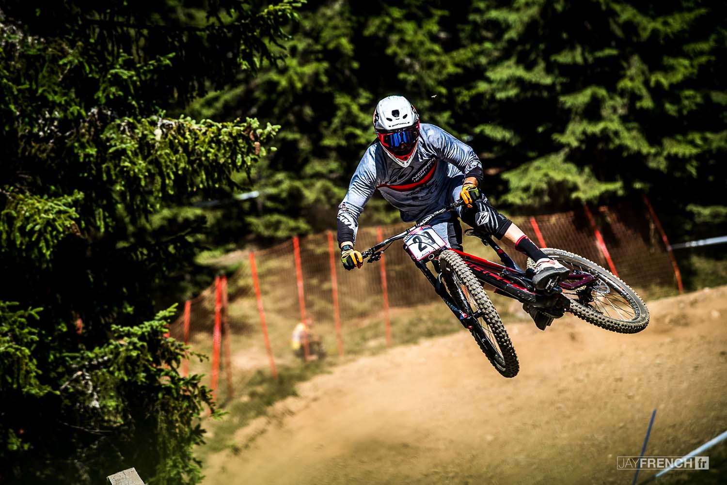 The stylish Sam Blenkinsop didint have his best day on the clock
