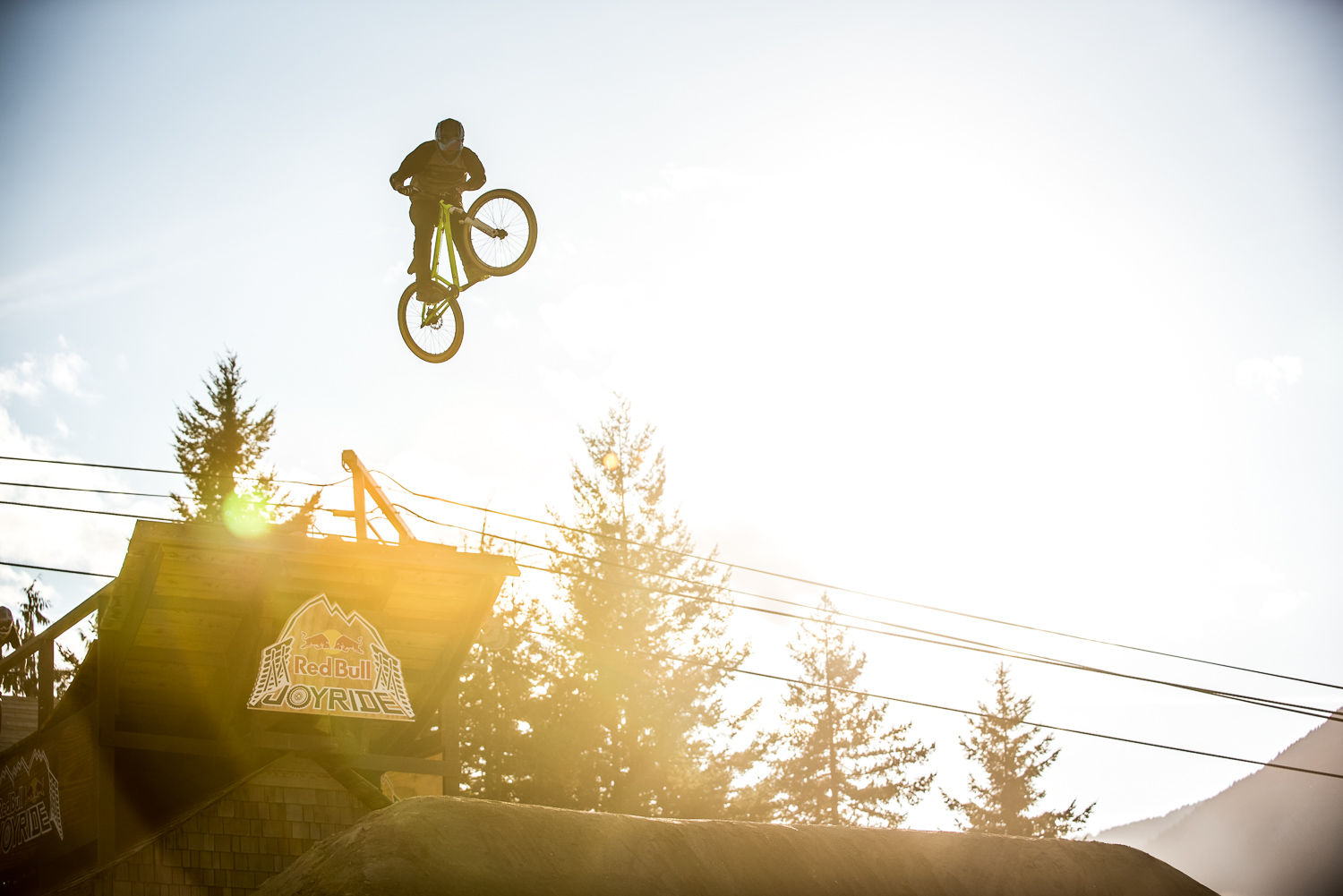 Josh Hult from the USA, on his debut Joyride appearance.