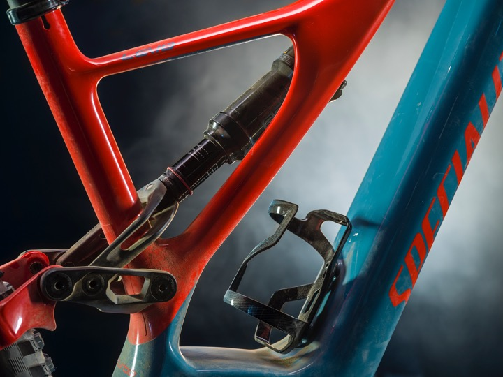 The side arm technology from the new Stumpjumper carries over into the Levo frame