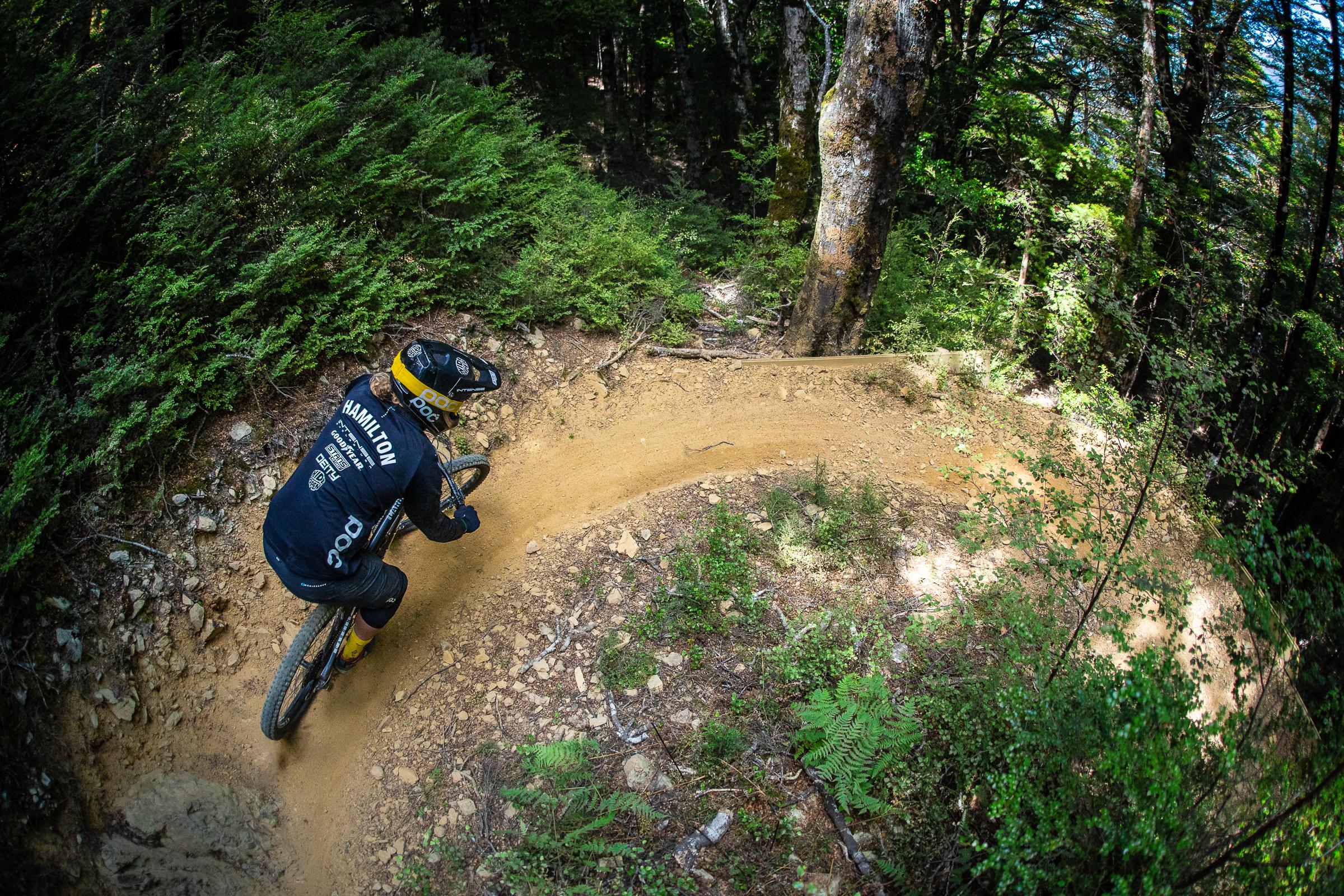 Connor Hamilton takes on a dusty turn. Photo: Matt Wood.