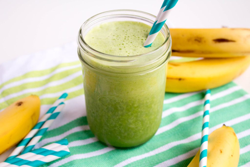 Banana-spinach-smoothie.jpg