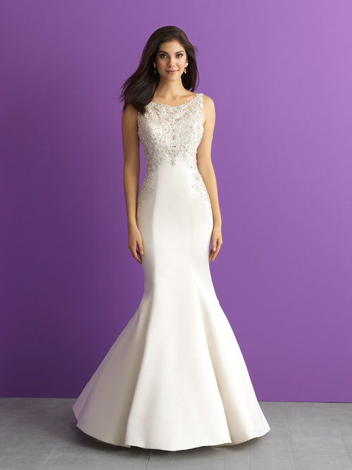 Style 3007 - Size 10/12Was £1450 Now £599