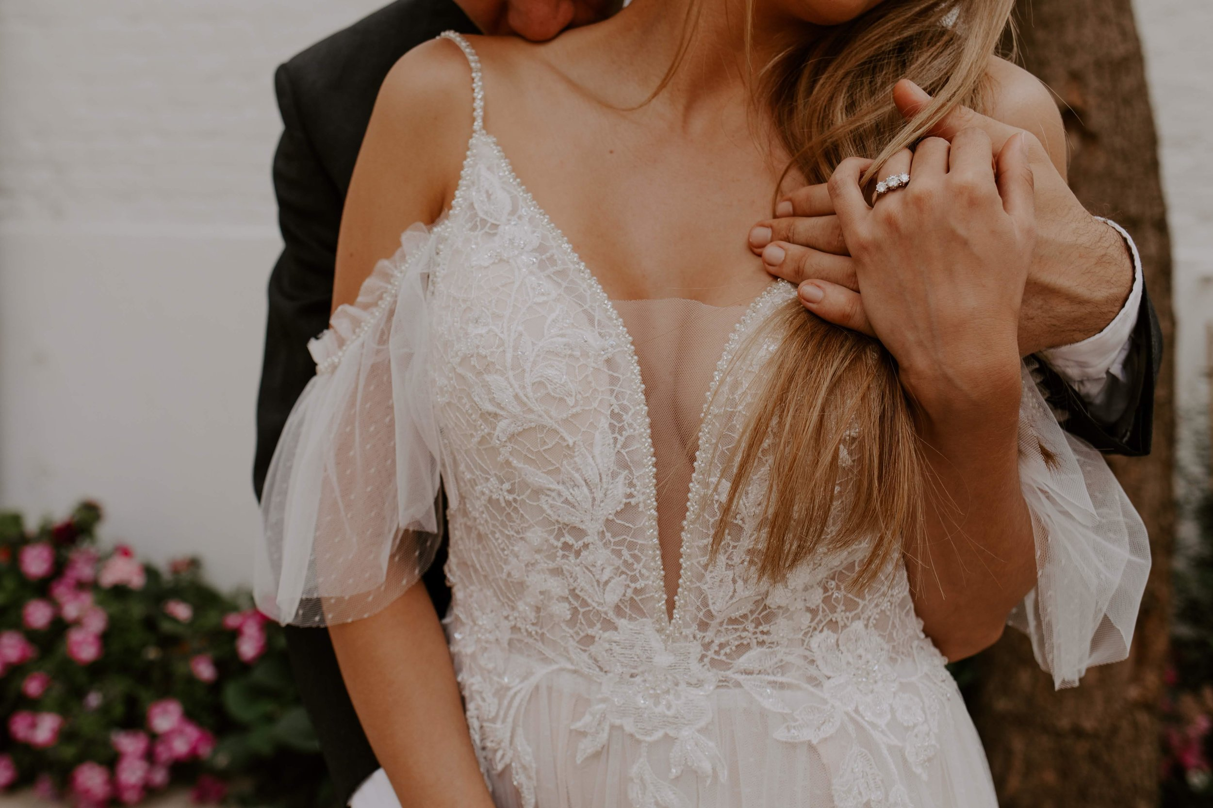 MIss He 2019 - Discover the new 2019 collections of wedding gowns with alluring designs that hug your silhouette like a second skin so you shine on the big day.