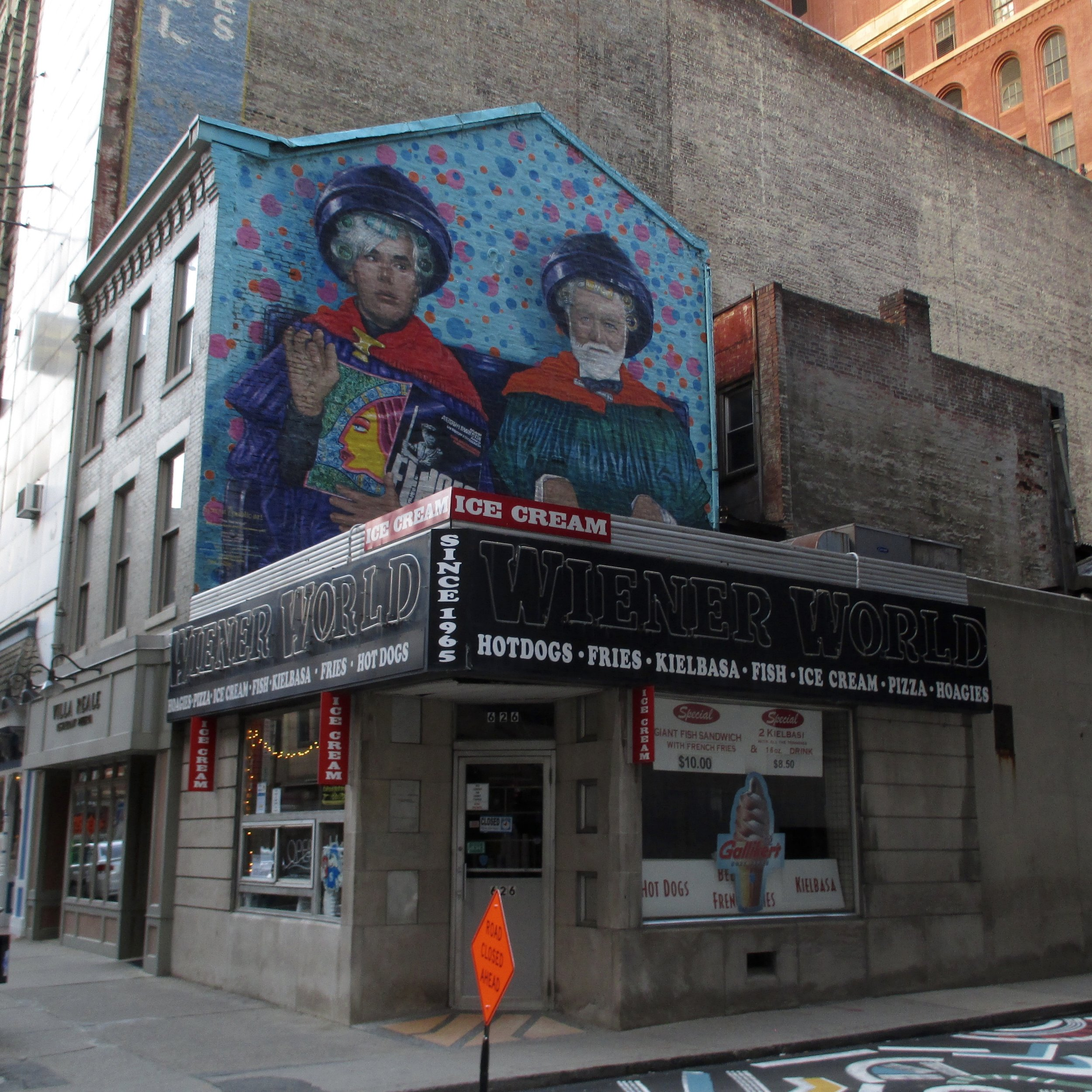 """6/25/16 """"The Two Andys"""" mural by Tom Mosser & Sarah Zeffir"""