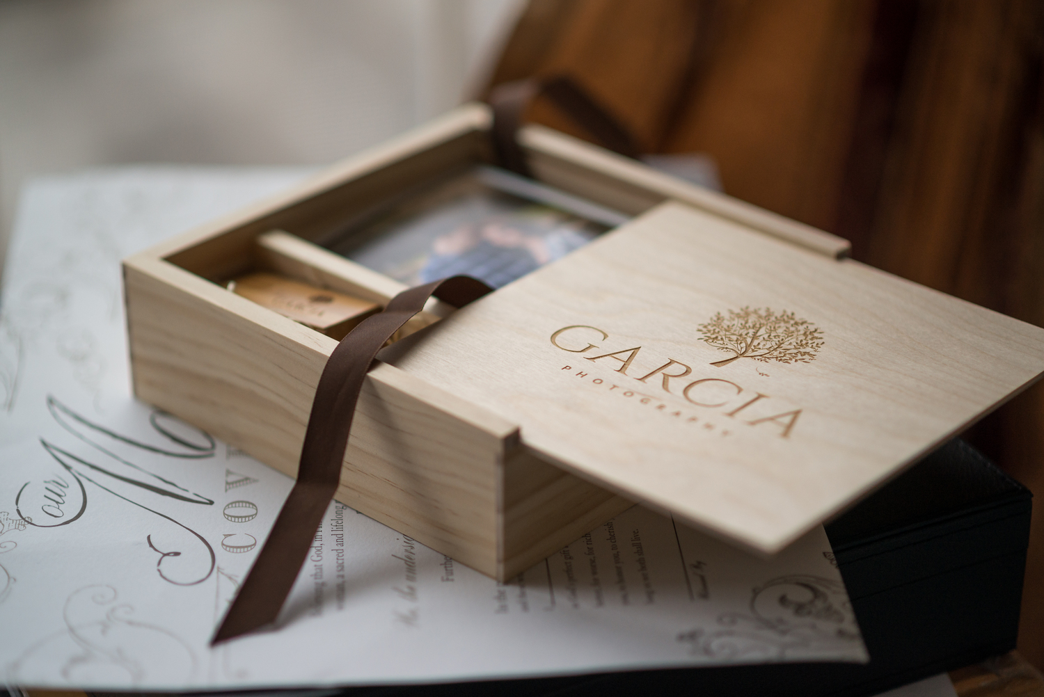 Heirloom wooden photo box with 100 4x6 prints and a usb drive. Learn More