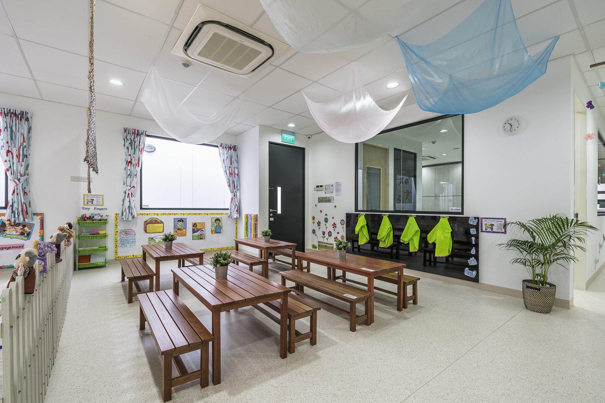 Interior-0002.jpg