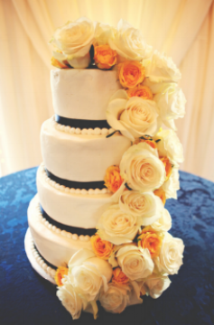 Floral cake with white and yellow roses