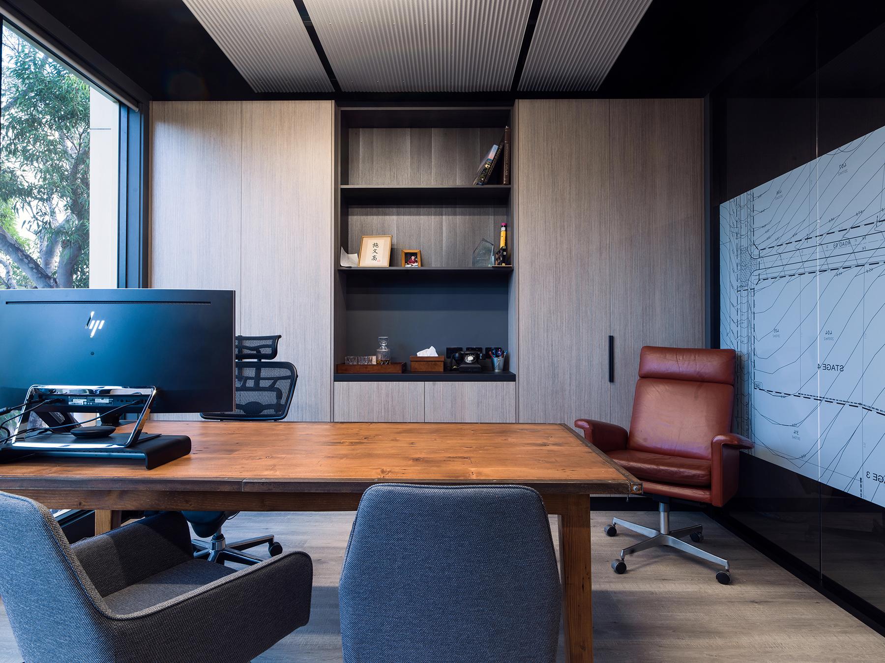 growready_office_table