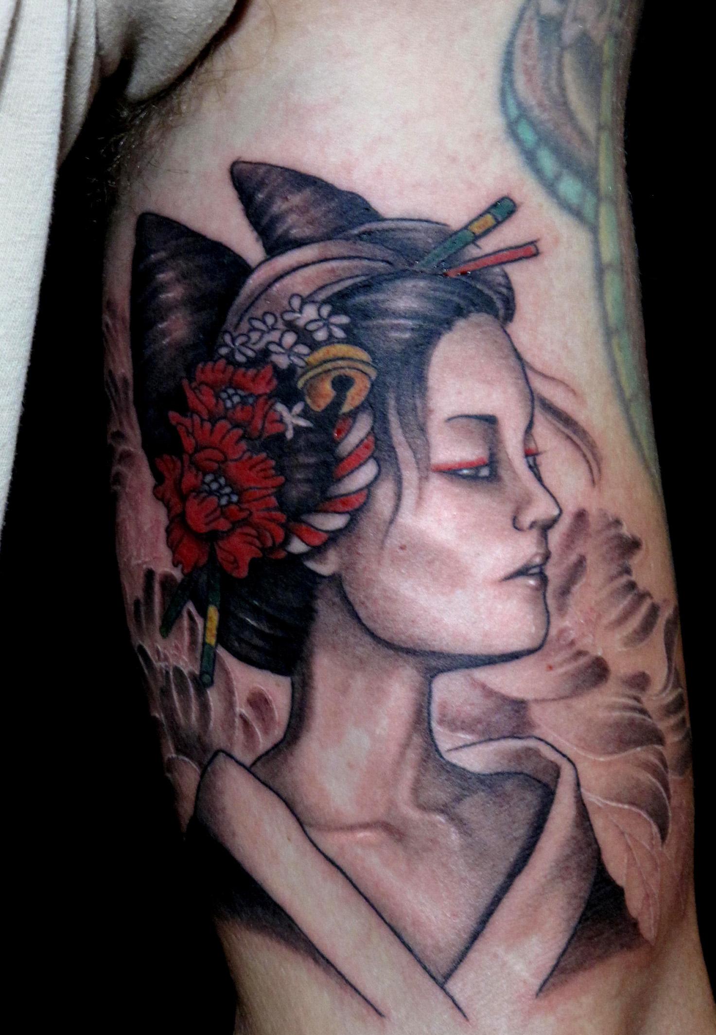 cat geisha.jpg