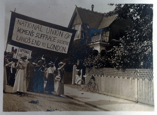 Postcard showing Lands End to London Great Suffrage Pilgrimage march. Reproduced with permission from Jill Morison.