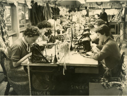 Women working at sewing machines at Flawns, St Ives (St Ives Archive)