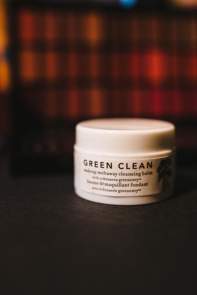 Farmacy  Green Clean Makeup Meltaway .