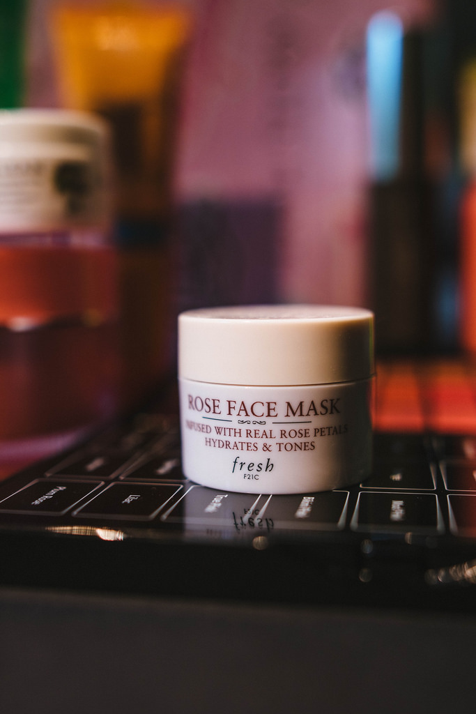 Fresh  Rose Face Mask .