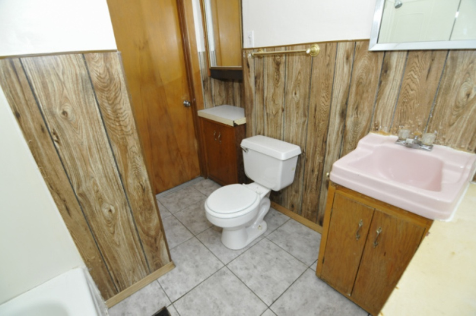 Bathroom - Lower.jpg