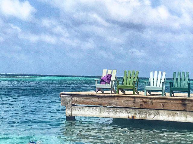 Colors & Sunshine & Sand & Sea _____________________________ #WanderlustWednesday #CayeCaulker #belize #centralamerica #latinamerica #caribbean #travel #wander #wanderlust