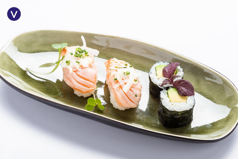 Tanuki salmon-avocado sushi - TANUKI