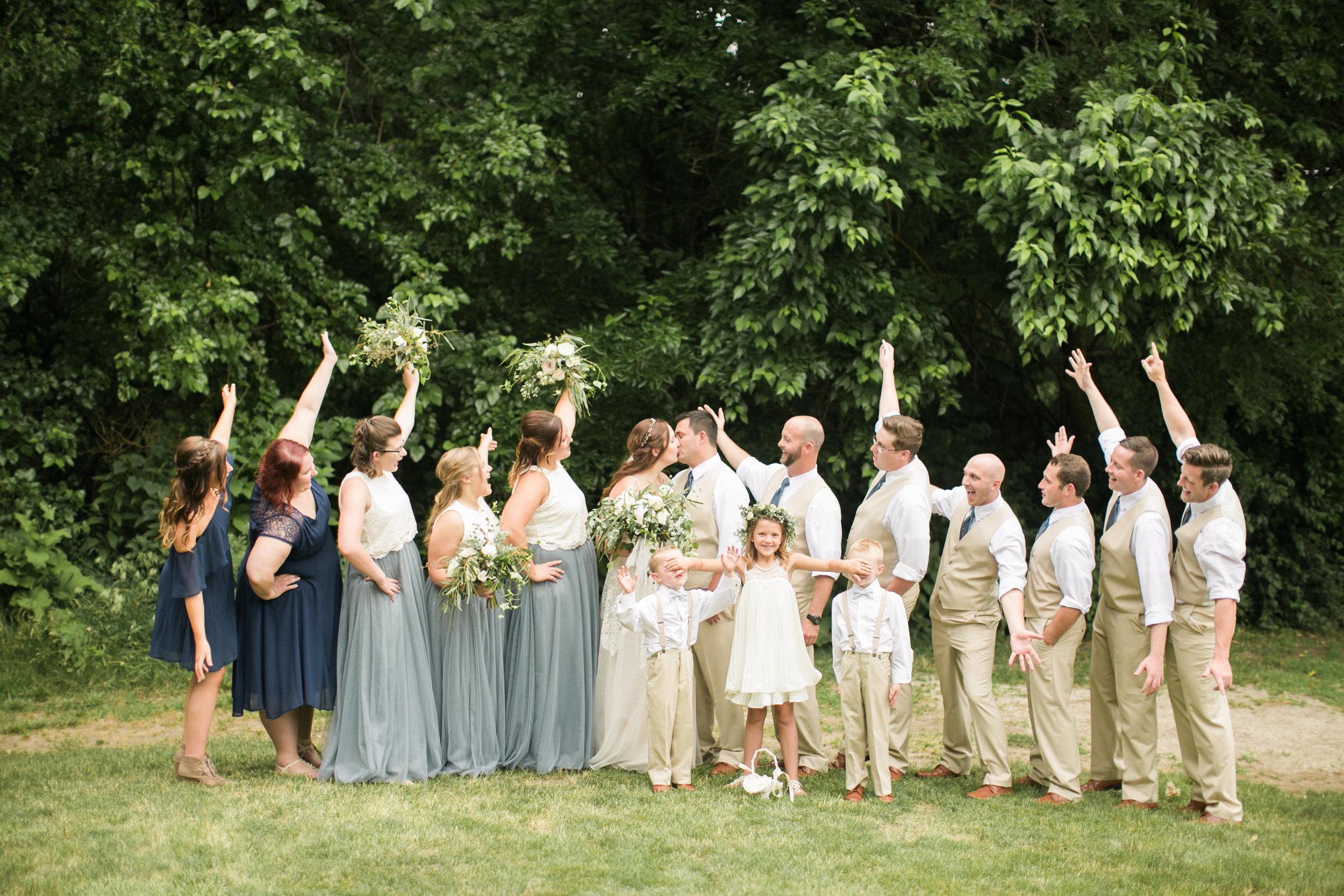 p a n n i e r-wedding party-0099.jpg