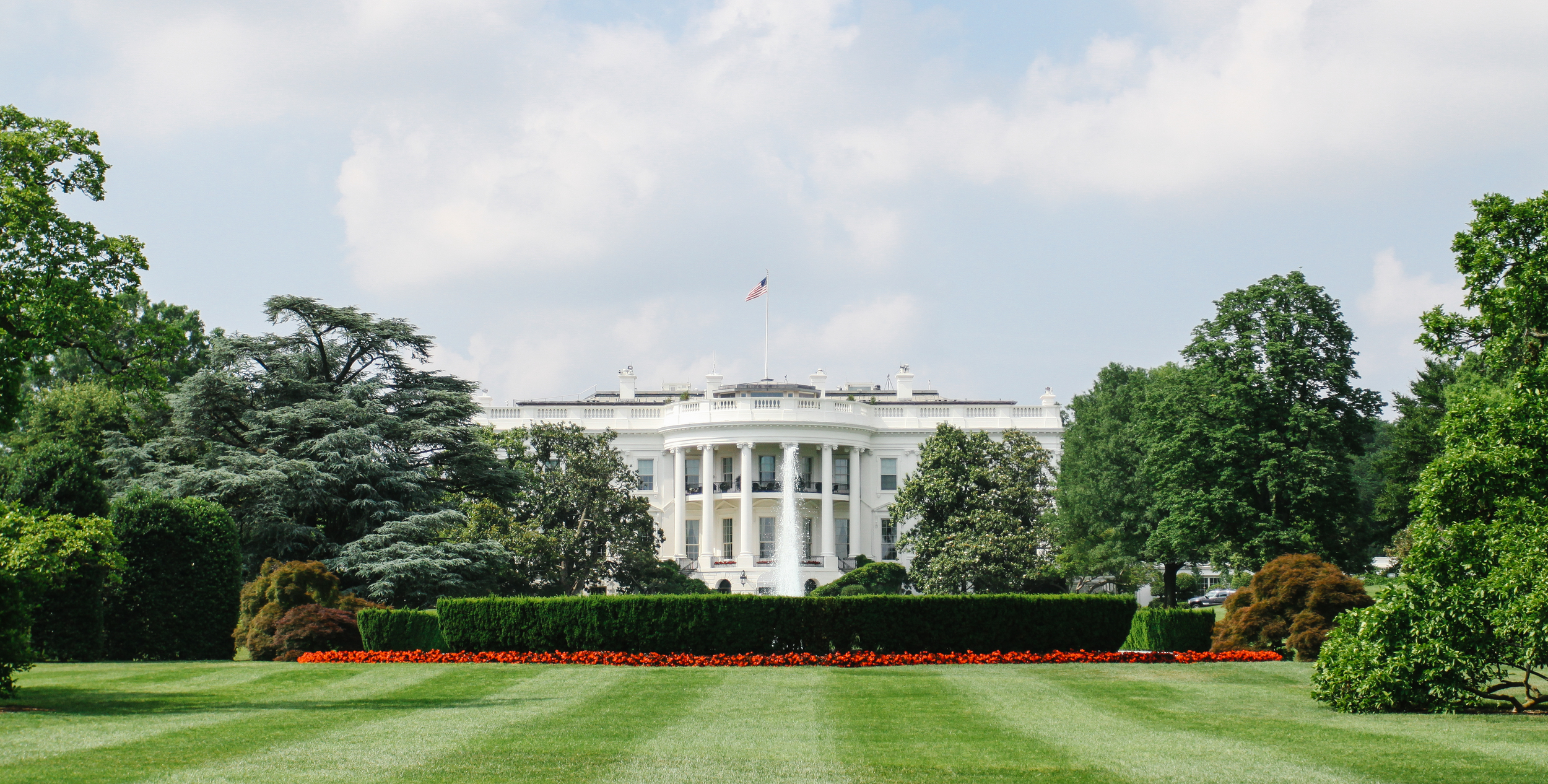 The White House from the South Lawn. (Photo by Ophelia Ding)