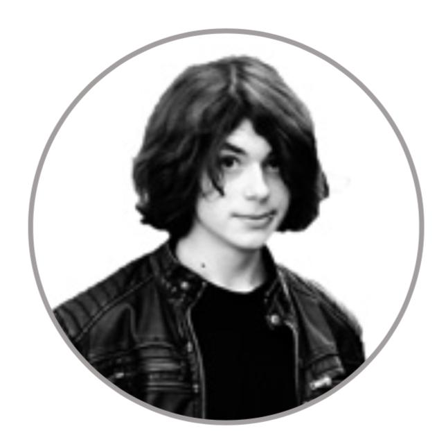 Jared, 18   Maskenbildner und Musiker