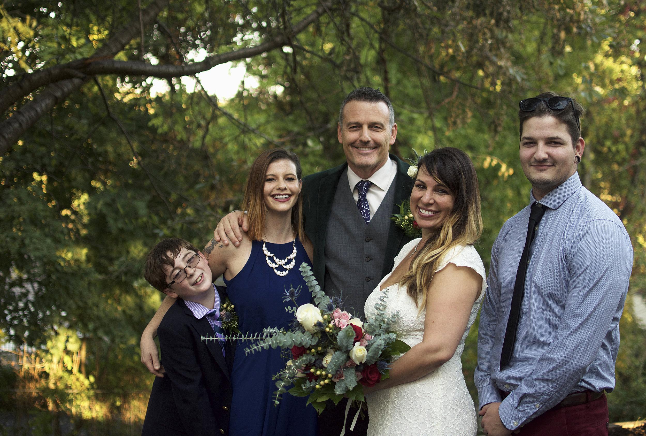 NelsonWeddingBrideGroup6(Family).jpg