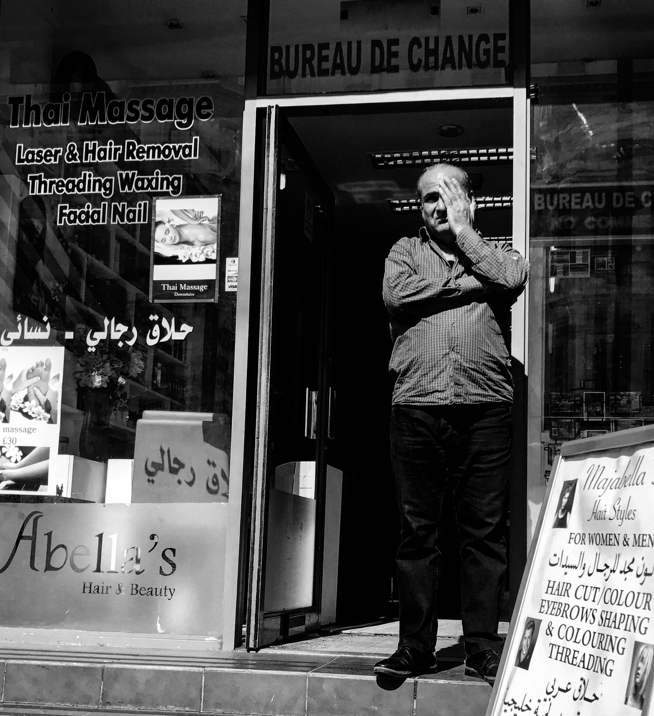 Thai_Massage_Old_Man_Hand_London.jpg