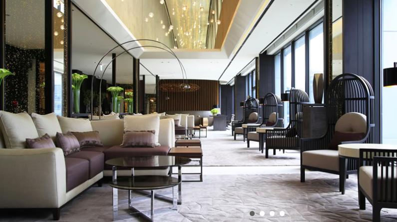 Lobby on 21/F Photo via Solaria Hotel web