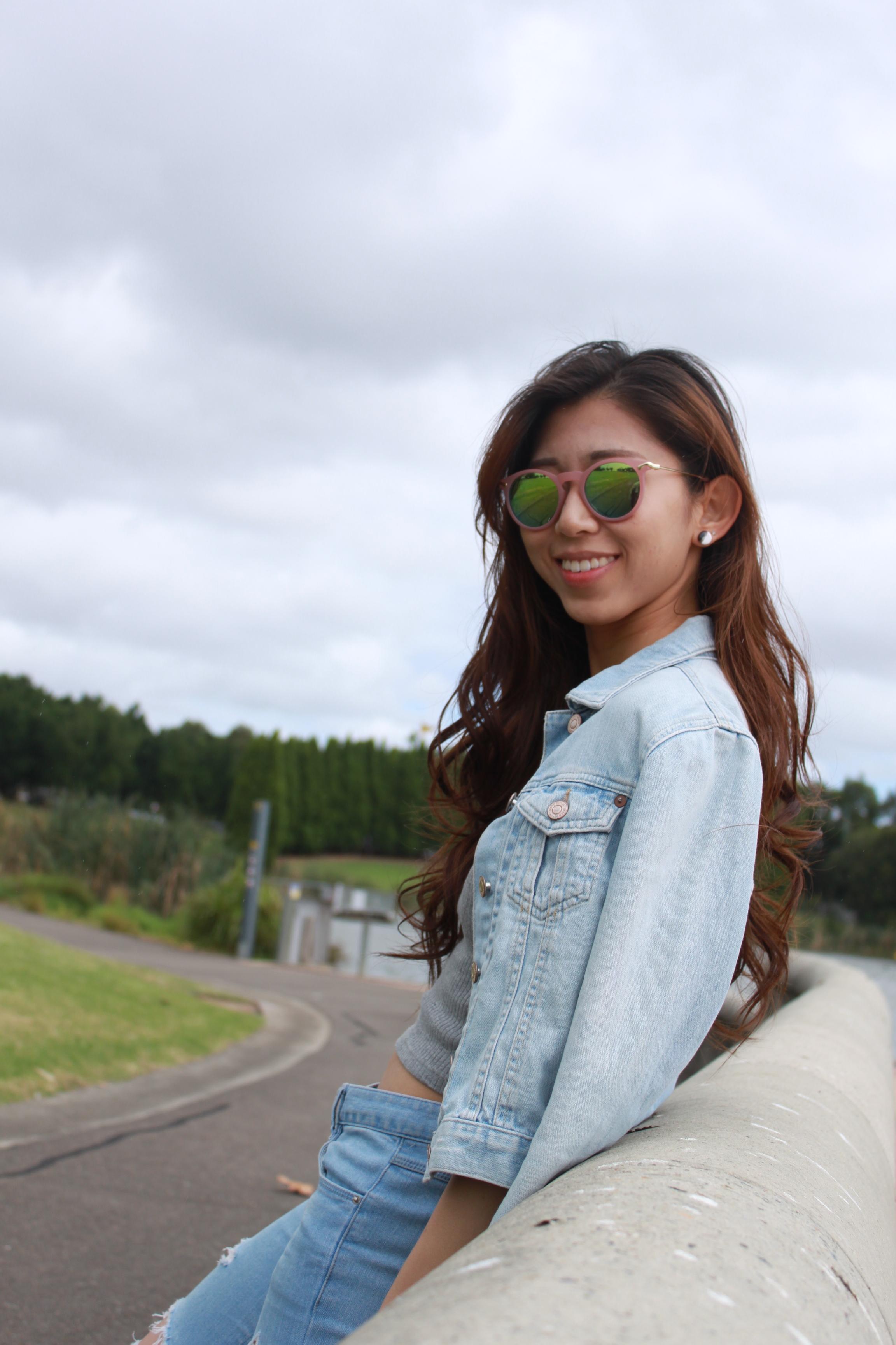 Topshop grey top / Korea ripped jeans / Topshop denim jacket / Vans white slip on