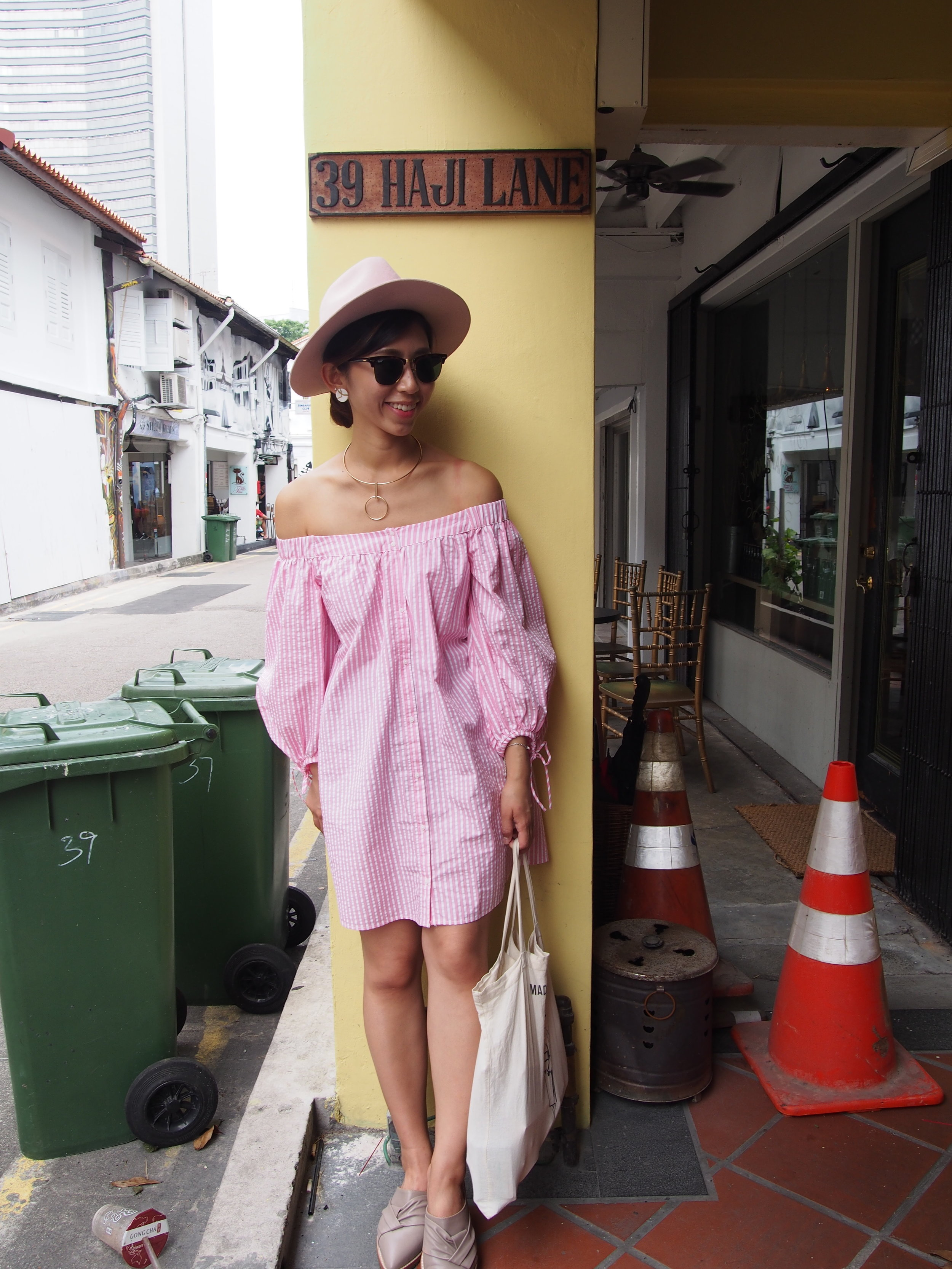 Zara pink off-shoulder shirt / LackofColor pink fedora / Initial slides / New necklace from HajiLane!