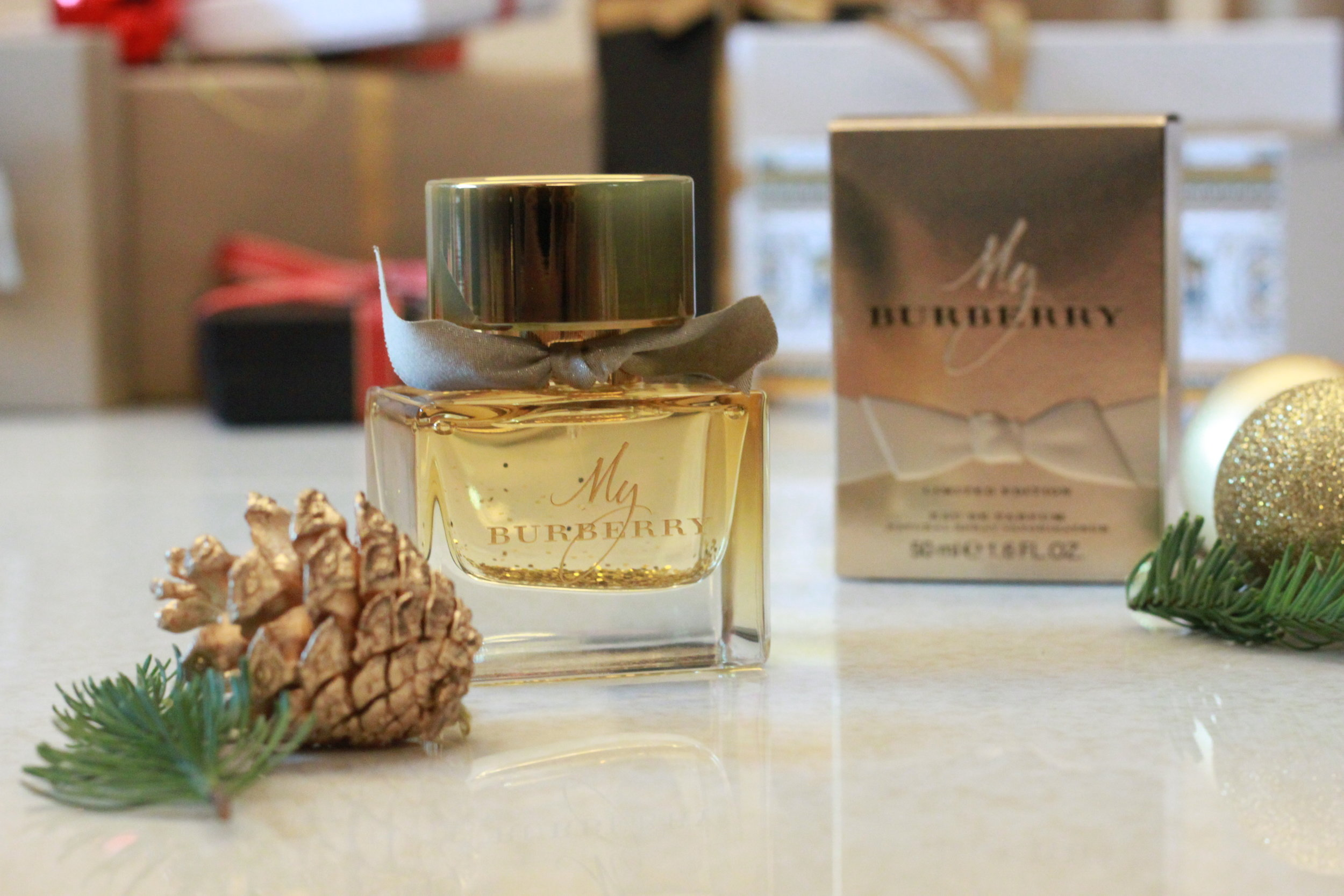 All Glittery when it comes to Christmas My choice: MY BURBERRY FESTIVE 2016 LIMITED EDITION EAU DE PARFUM 50ML
