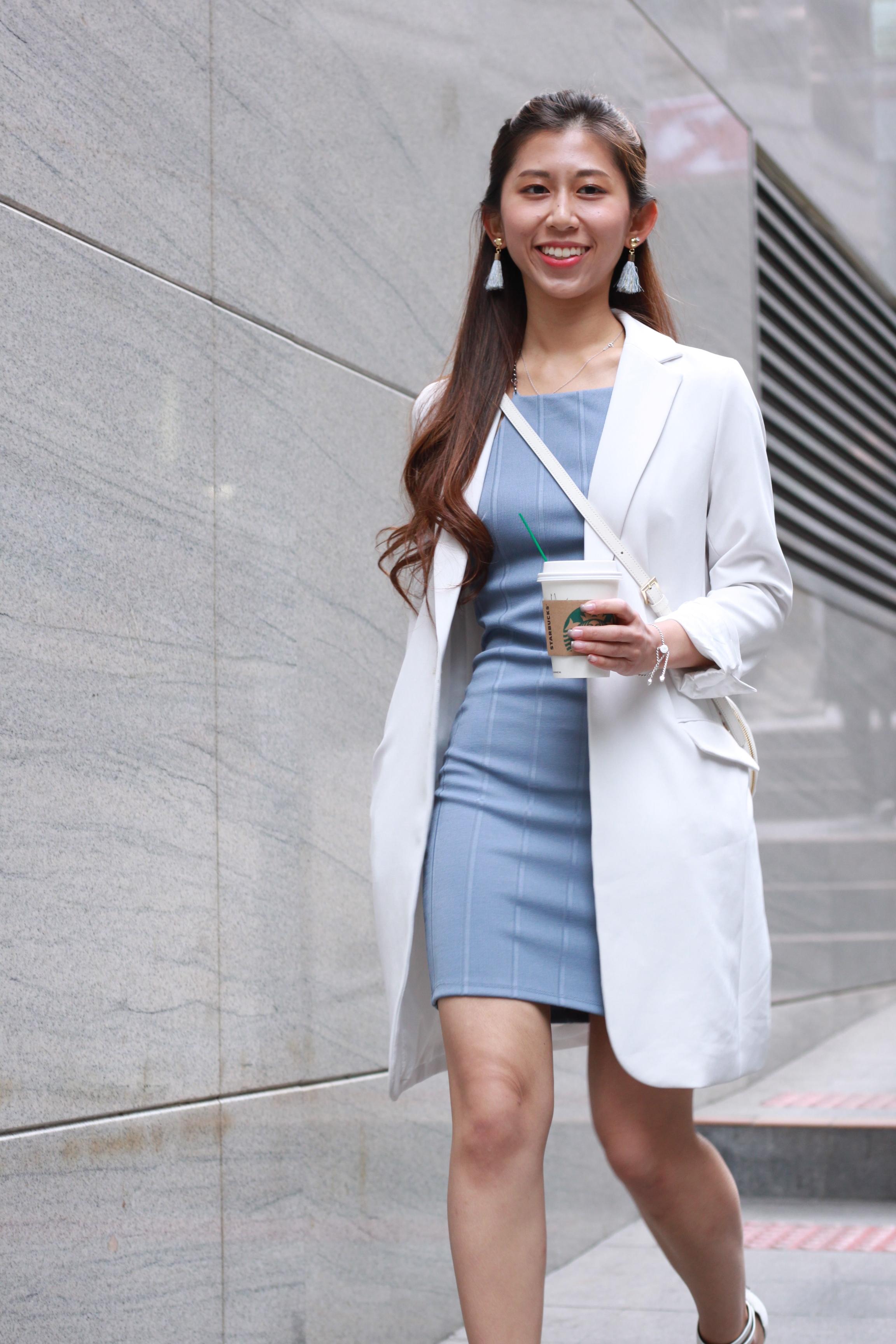 Topshop chain body con / White blazer from Japan / Rayethelabel white heels / Agnes b. white crossbag / DearPostman grey tassels earrings