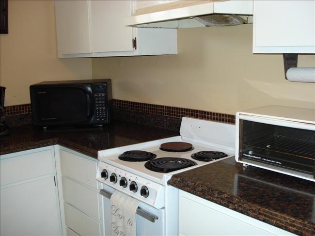 3_kitchen2.jpg