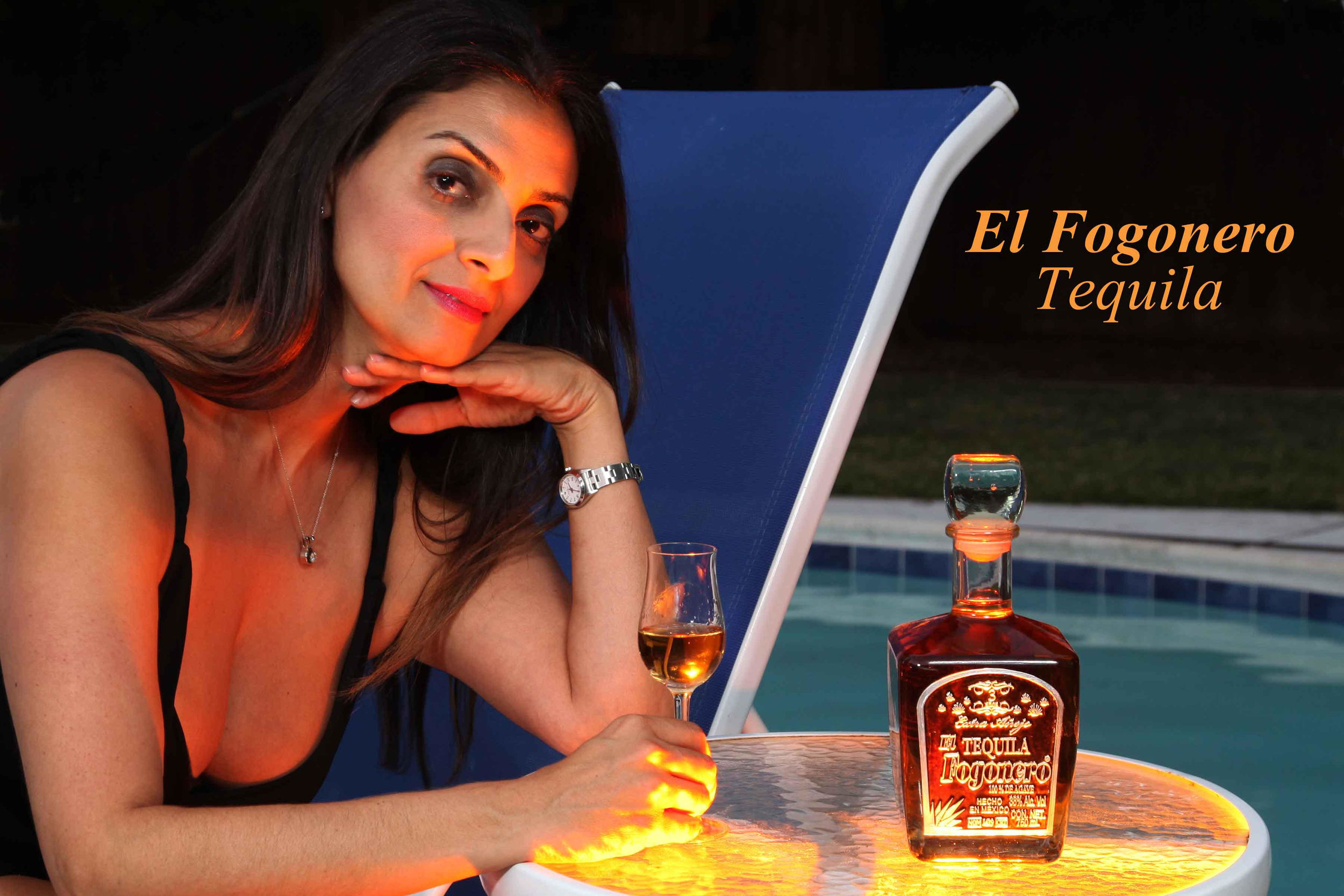 El Fogonero is a small family run distillery located in Amatitan, in the Lowlands of Jalisco. The family performs all stages of the production process including the making and labeling of bottles, as they have been producing high-end tequila for over 4 generations!