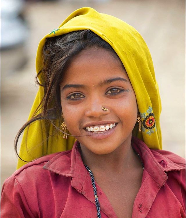 Really pleased to have been shortlisted as a potential front cover contributor for an Oxfam 2019 calendar - with this image taken in Rajasthan a couple of years ago. See it at @oxfamnovib  They're running a poll to see which of 2 shortlisted images people would like to see featured. I think the first image of the Iranian girl is great, but perhaps you'd like to get involved by adding your voice -  please comment by stating which you prefer - photo 1 or 2. Mine is photo 2 - if you like it, please click through to @oxfamnovib to see both and add your comment. And follow @oxfamnovib too. Thanks for checking it out.  #Rajasthan#India #everydayasia #Jaisalmer #kalender2019 #oxfamnovibkalender #smile #nonprofit #oxfamnovib #Oxfam #Indian @tribaleye