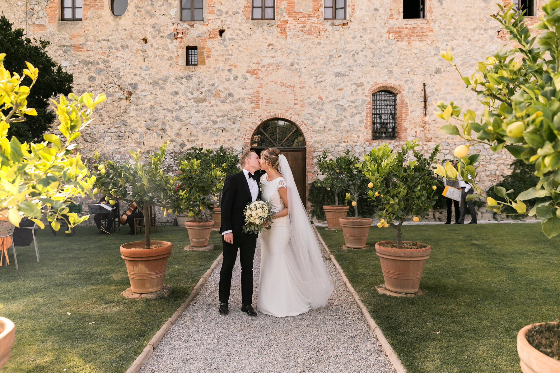 Val D'orcia wedding Tuscany