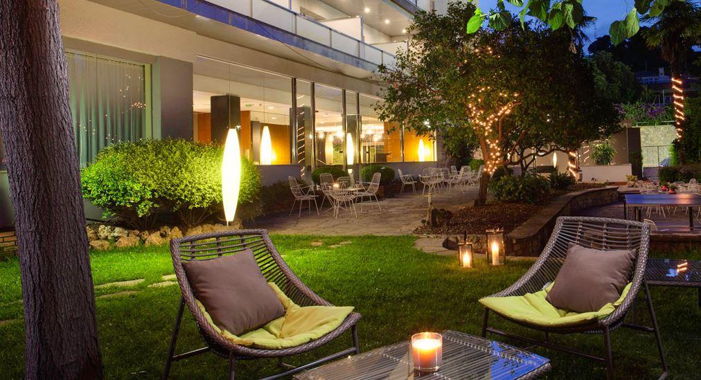 Hotel Astari Tarragona 3* - Cerca de la playa y a 10' del Palacio de Congresos, con vistas al mar
