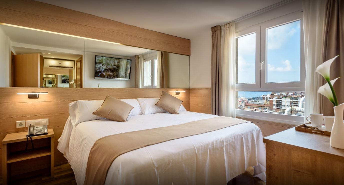 B&B Hotel Tarragona Centro Urbis 3* - Muy cercano al Palau de Congressos y céntrico en la ciudad