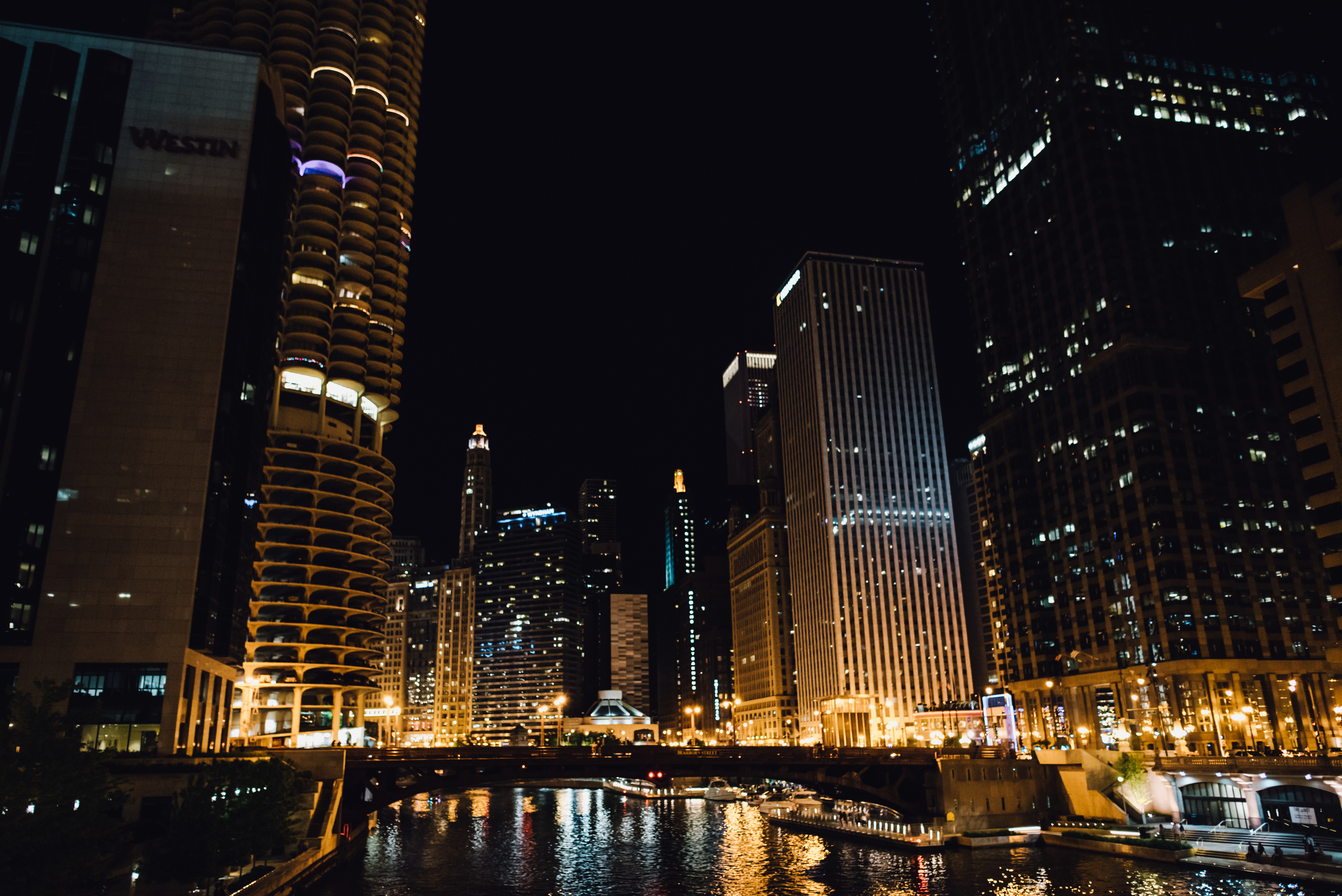 Main and Simple Photography_2016_Engagement_Chicago_J+S-510.jpg
