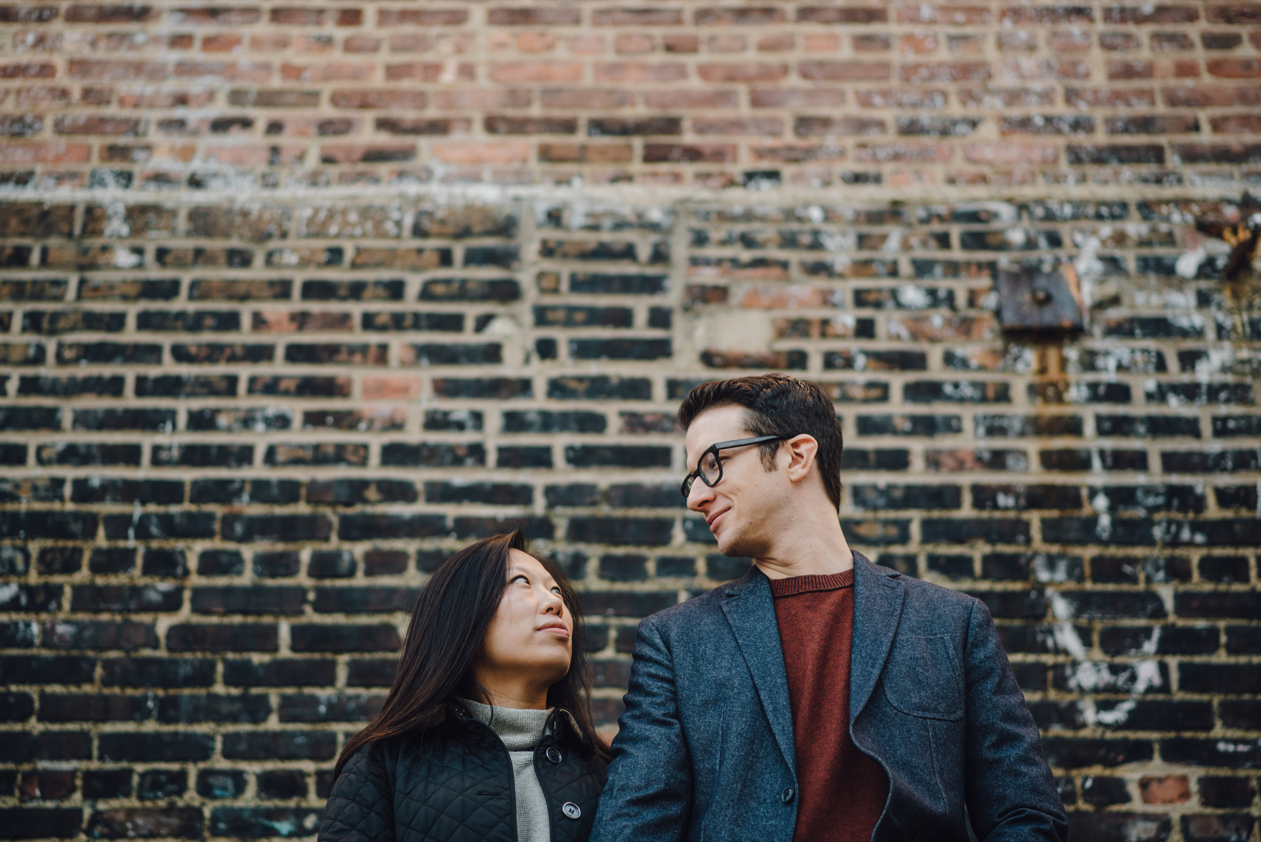 Main and Simple Photography_2016_Engagement_NYC_V+T-215.jpg