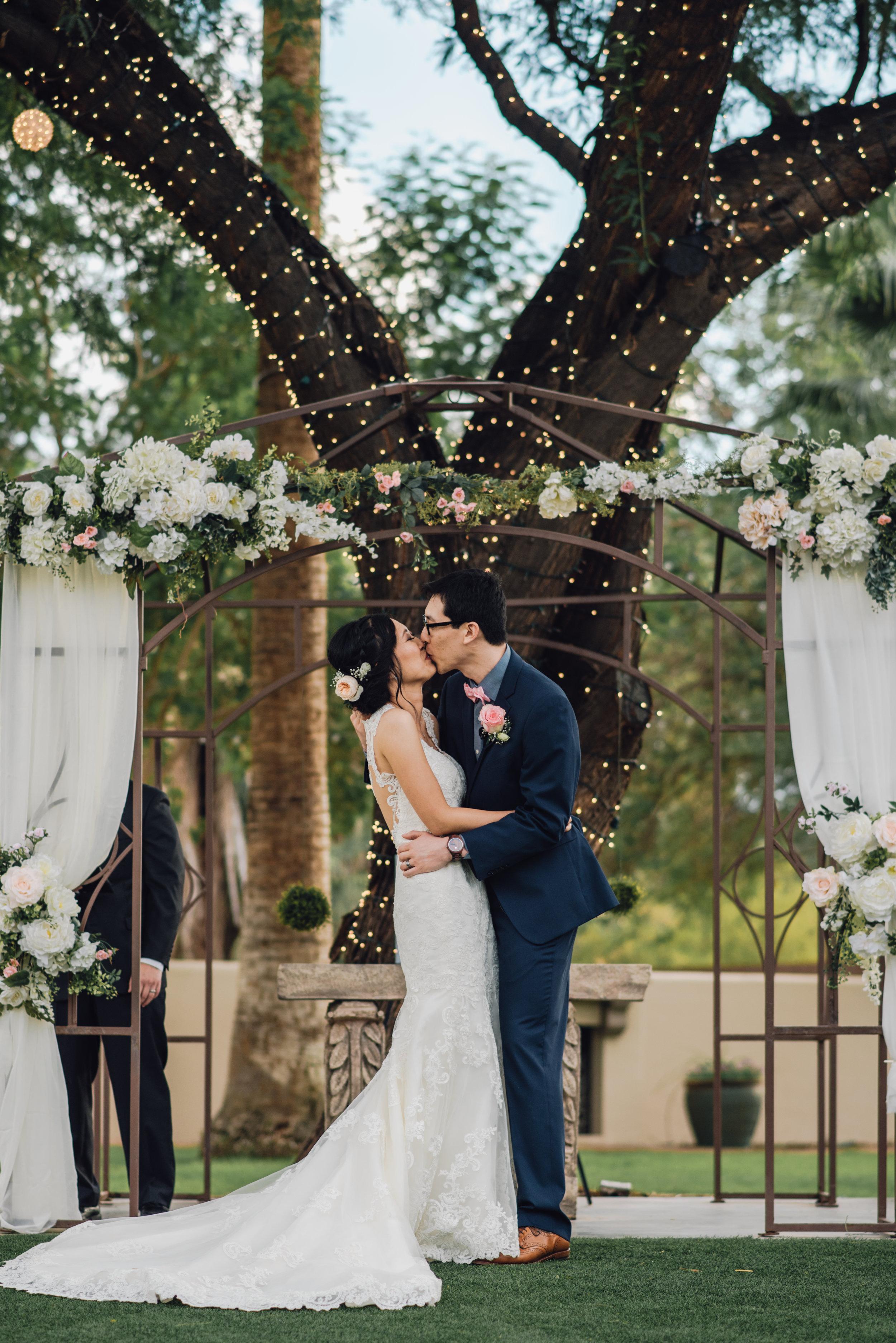 Main and Simple Photography_2016_Wedding_AZ_J+S_BLOG-94.jpg