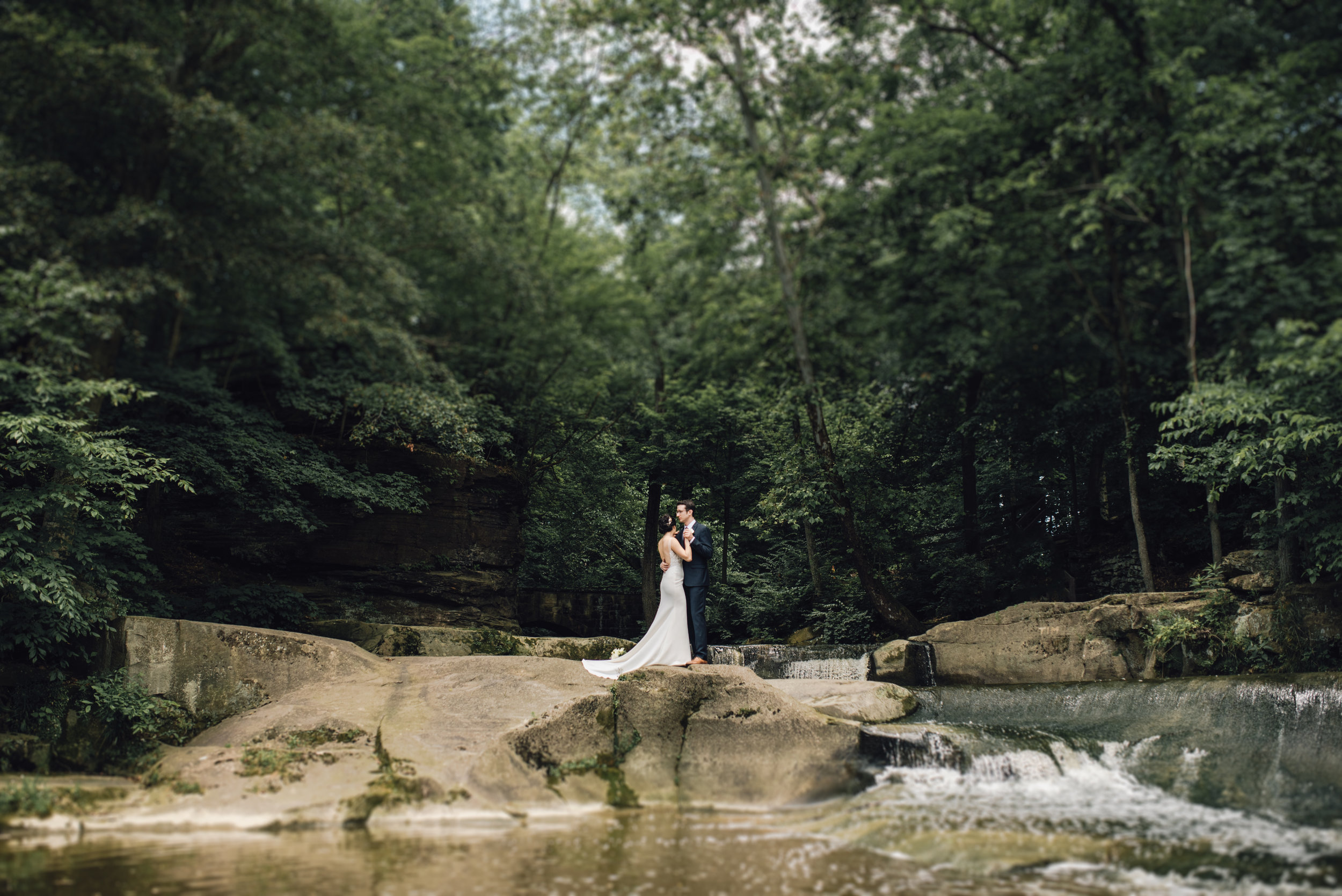 Main and Simple Photography_2017_Wedding_Cleveland_V+T-429.jpg