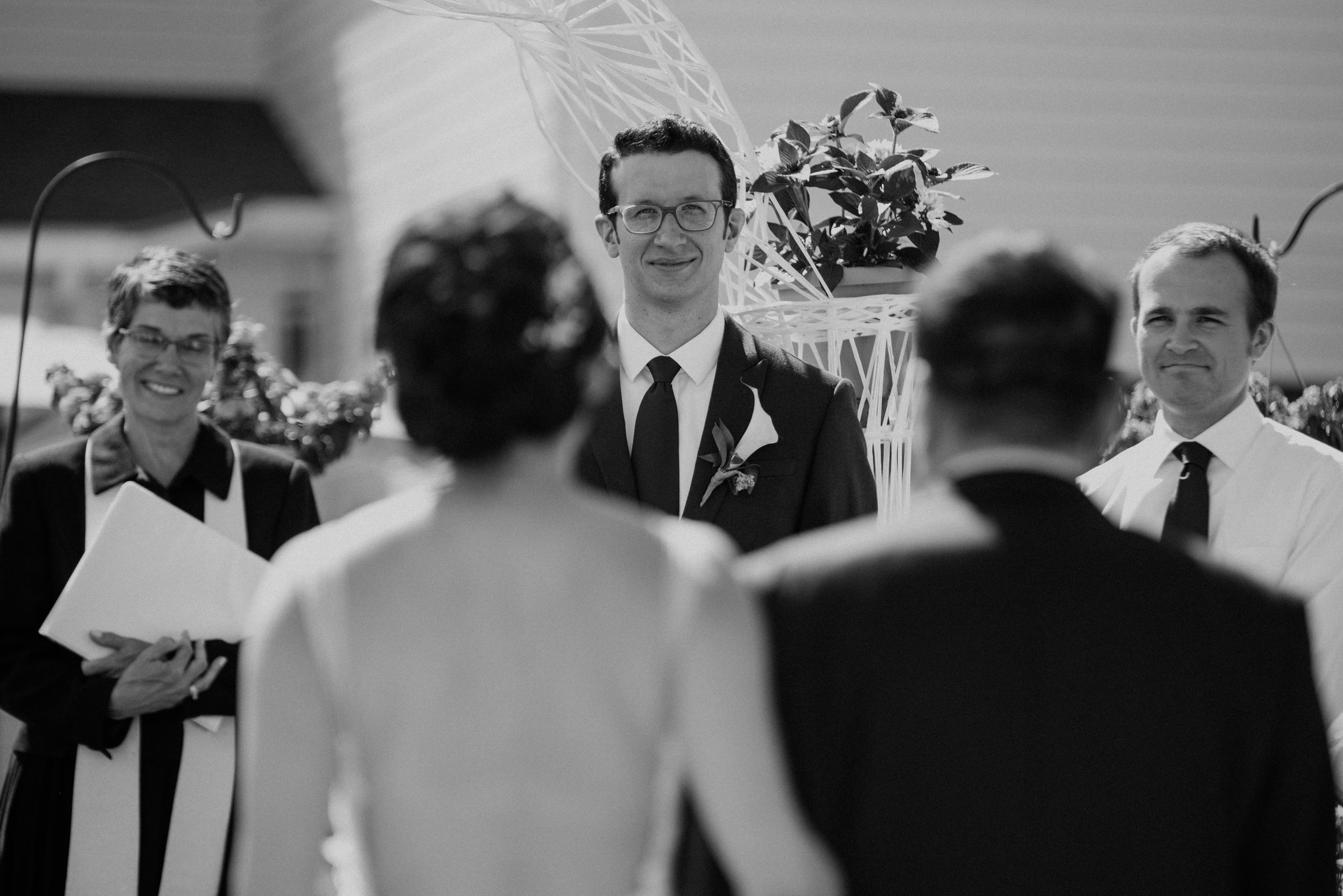 Main and Simple Photography_2017_Wedding_Cleveland_V+T-719.jpg