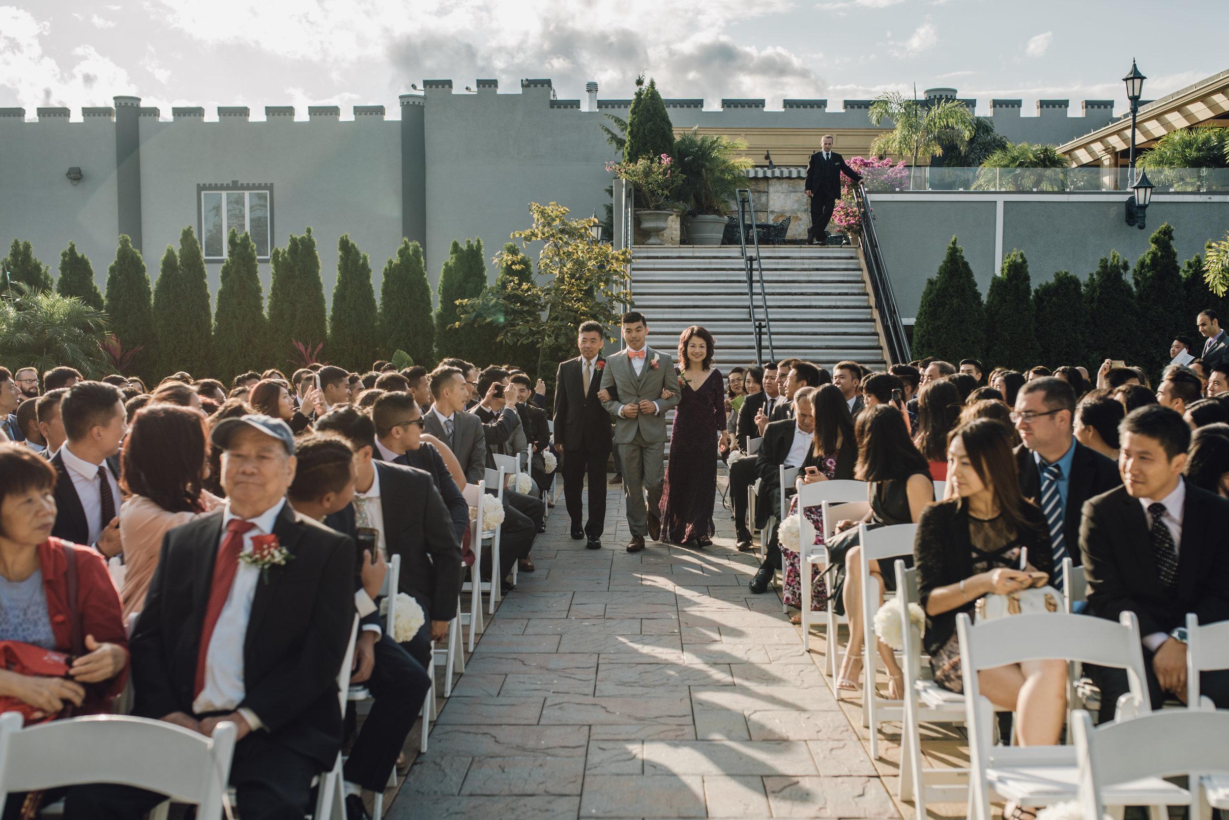 Main and Simple Photography_2017_Weddings_NewYork_TinaJon-907.jpg