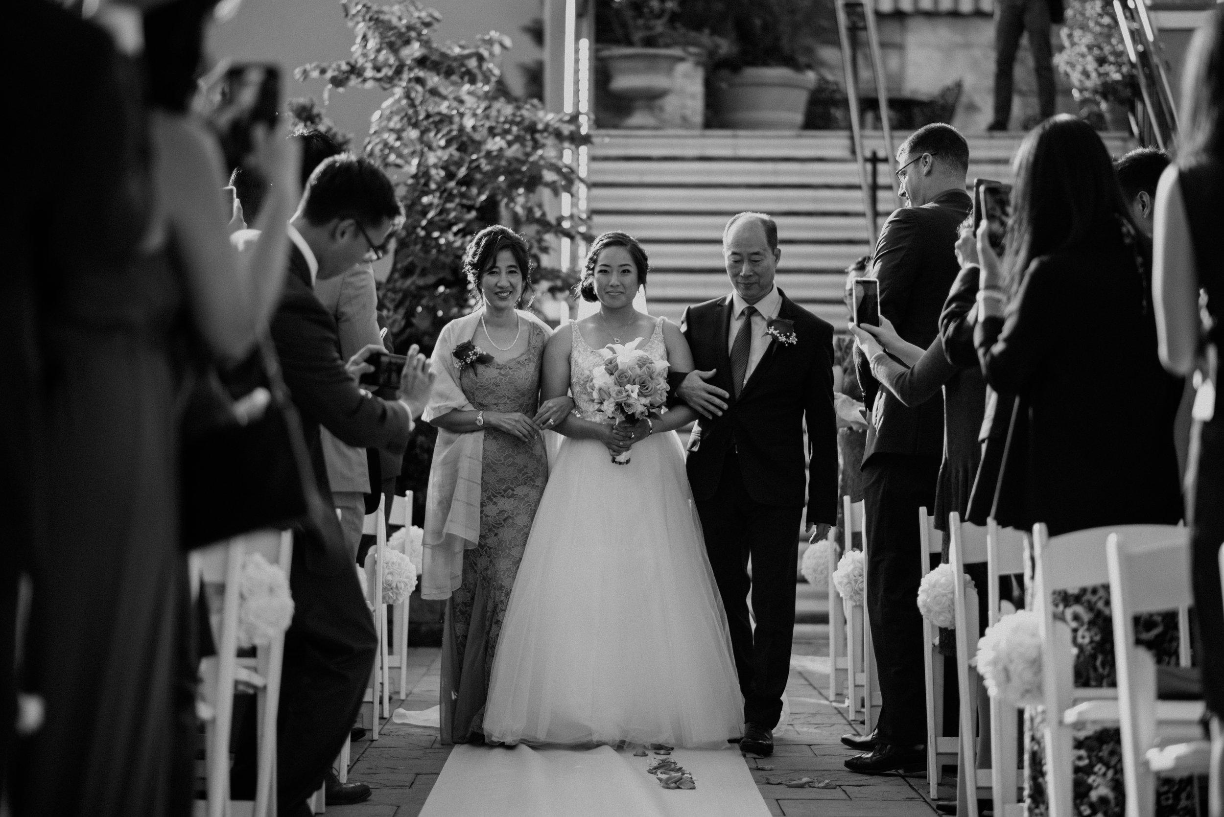 Main and Simple Photography_2017_Weddings_NewYork_TinaJon-966.jpg