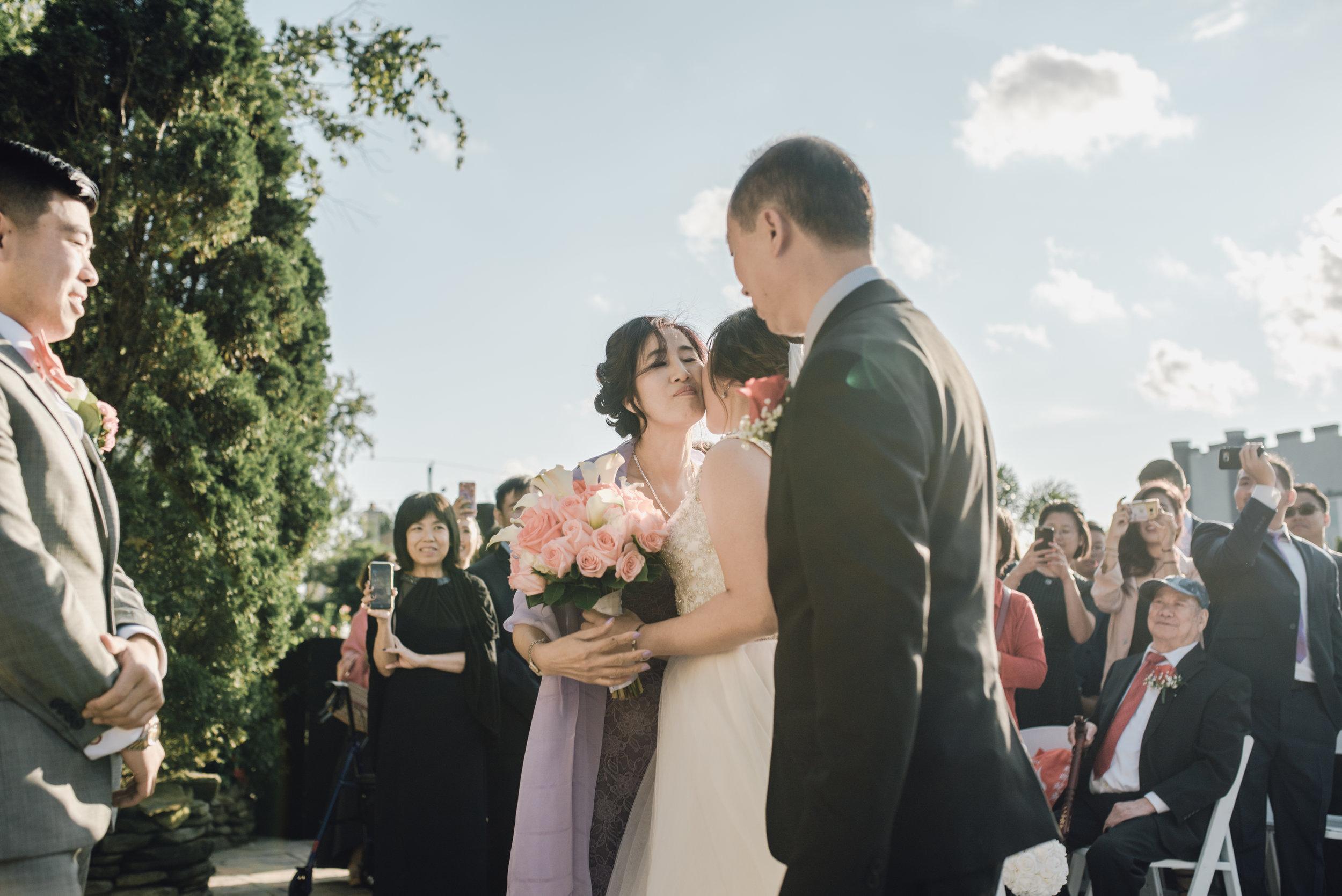 Main and Simple Photography_2017_Weddings_NewYork_TinaJon-973.jpg