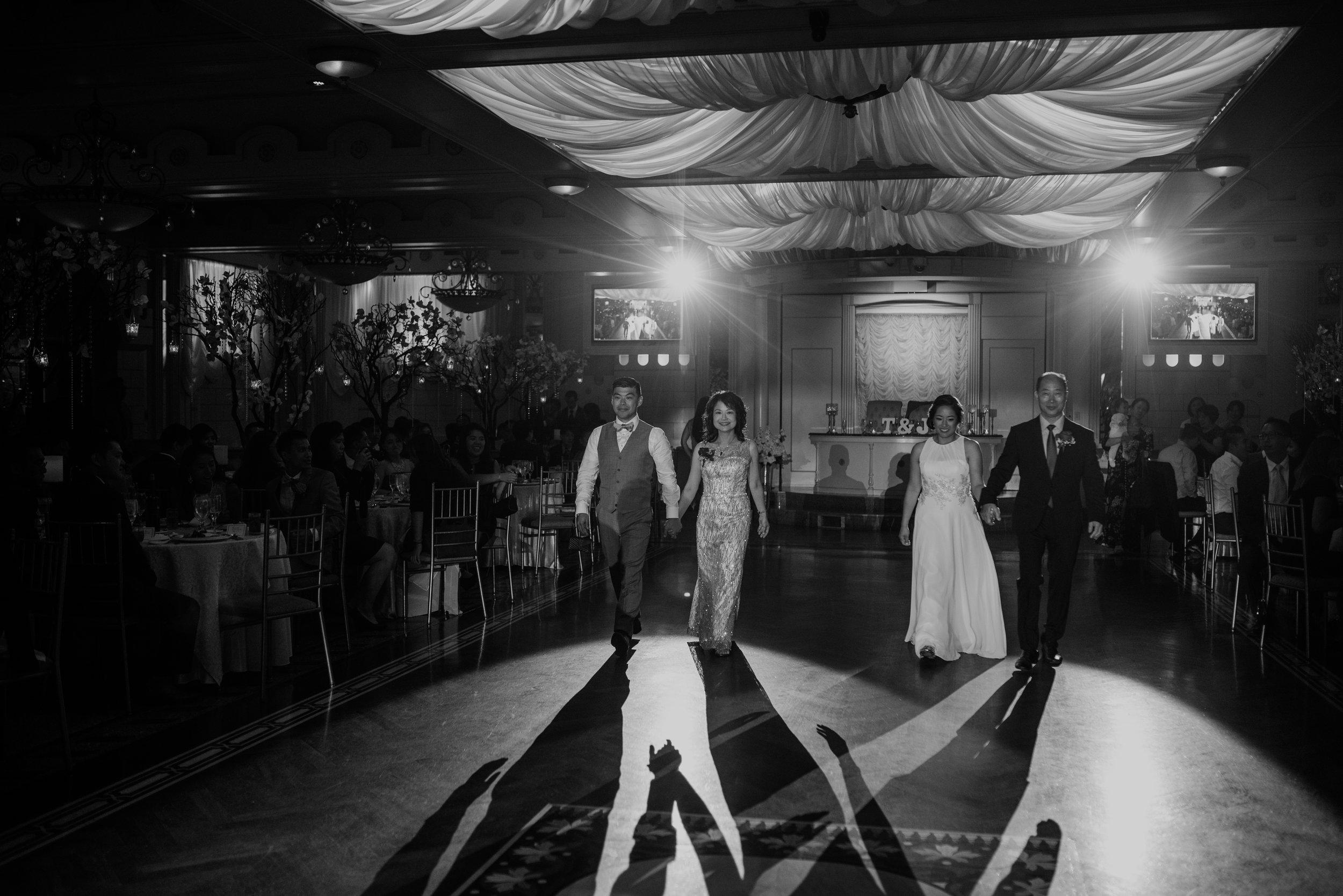Main and Simple Photography_2017_Weddings_NewYork_TinaJon-1323.jpg